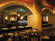 印尼泗水香格里拉大酒店酒吧图片_2张