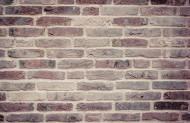 用砖砌起的墙面图片_10张
