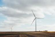 利用風力發電的風車圖片_10張