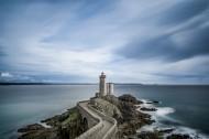 海岸聳立的燈塔圖片_11張