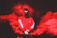红色的烟雾图片_11张