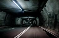 延伸的汽车隧道图片_11张