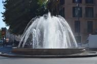 人工喷泉图片_16张