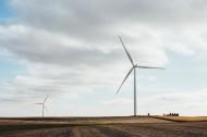 風力發電的風車圖片_13張
