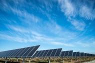 整齐的太阳能电池板图片_13张