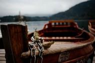 安静的木船图片_12张
