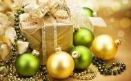 圣诞节装饰彩球图片_20张