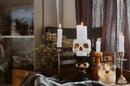 万圣节的装饰品和蜡烛图片_10张