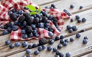 蓝莓和其他水果图片_11张