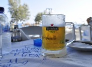玻璃杯中的啤酒圖片_12張