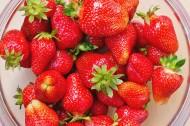 新鲜的草莓图片_12张