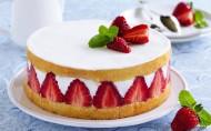 美味的草莓蛋糕图片_9张