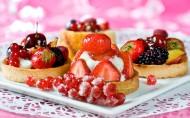美味的草莓蛋糕图片_8张