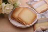 香脆美味的夹心饼干图片_6张