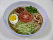 美味的韩国冷面图片_11张