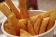 金黃色的薯條圖片_7張