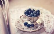 新鲜欲滴的蓝莓图片_14张