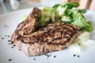 新鲜美味的牛肉图片_10张