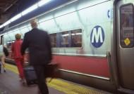 乘坐地铁图片_9张