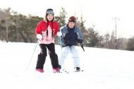 冬季休闲滑雪情侣图片_130张