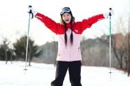 冬季休闲女性滑雪图片_130张