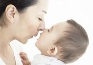 父母和婴儿宝宝图片_24张