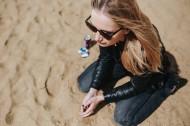 海灘上的美女圖片_10張