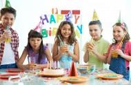可爱儿童的生日聚会图片_9张