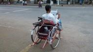 轮椅上的残疾人图片_13张