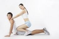男女雙人健身姿態圖片_13張