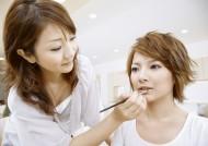 女性化妆图片_21张