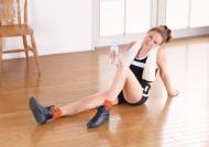 女性室内健身图片_14张