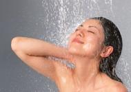 女性洗澡沐浴圖片_24張