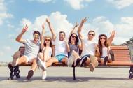 欧洲时尚青年假期户外游玩图片_15张
