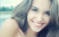 可爱女孩微笑图片_21张