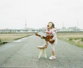 日本超萌小女孩公路摄影图片_58张