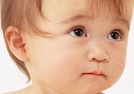 婴儿宝宝头部五官特写图片_16张