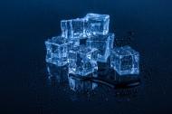 蓝色冰块图片_14张