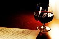 精致的紅酒杯圖片_16張
