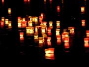 漂浮的蠟燭圖片_8張