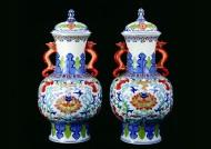 各种陶瓷陶彩、玉料花瓶图片_84张
