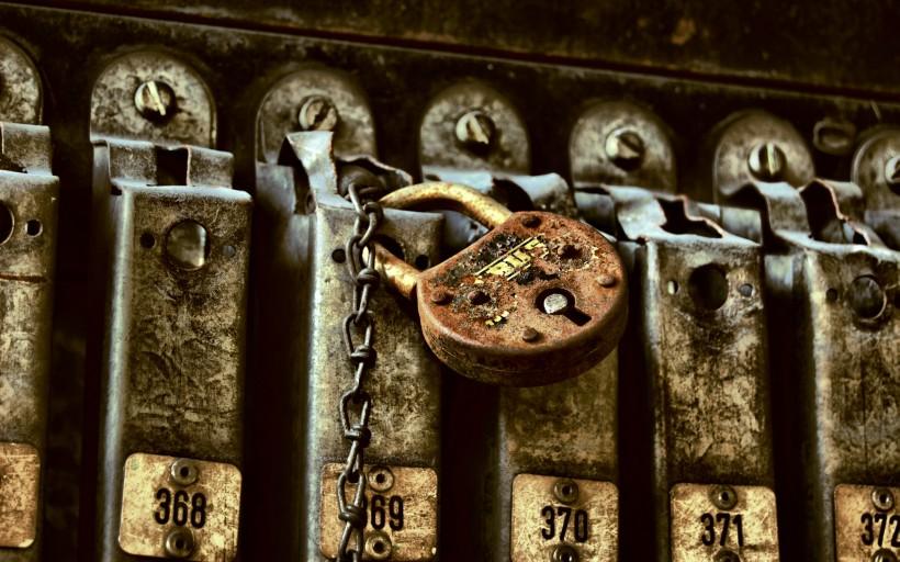 点击大图看下一张:唯美的小锁图片