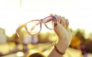 精致的眼镜图片_17张