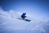 高山滑雪运动图片_9张