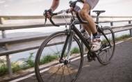 有氧运动骑自行车唯美图片_10张