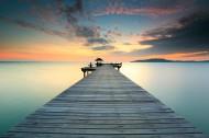 傍晚海边木制码头风景图片_8张
