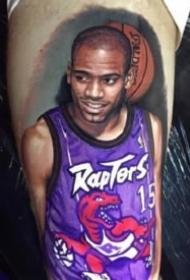 篮球迷的包臂写实篮球明星纹身作品