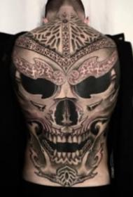 欧美超实际暗黑大年夜满背纹身作品观赏