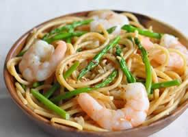 魚丸面海鮮面三文魚面蔬菜面鮮蝦面