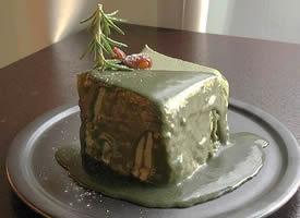 一组丝滑的抹茶提拉米苏雪糕图片